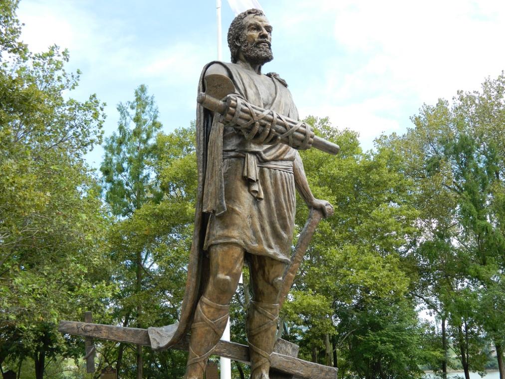 The Roman Fasces of Cincinnati | Statue of Lucius QuinctiusCincinnatus