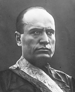 The Early Mussolini on World Peace, Imperialism, the Renaissance, the Authoritative State and War (1931 and 1937)